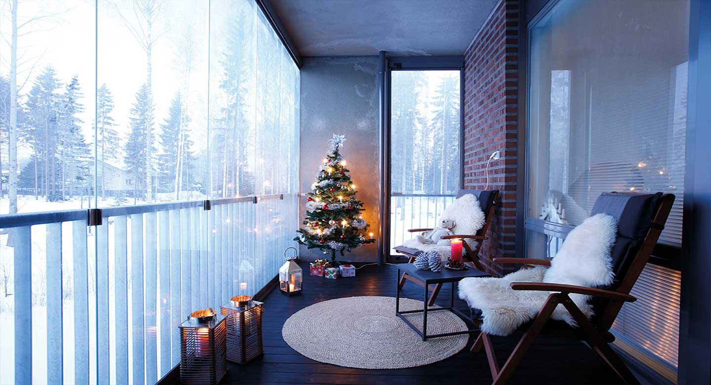lumon canada, christmas, retractable glass wall, toronto, vancouver, hamilton