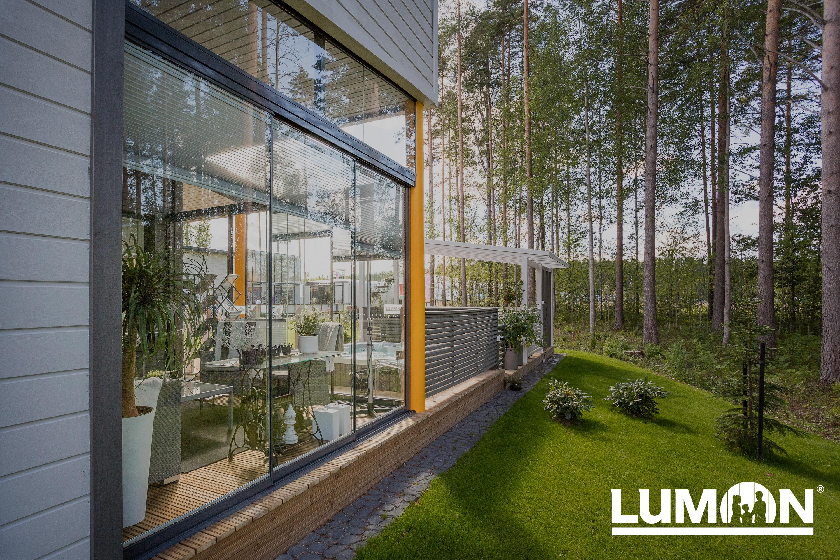 Lumon Canada, Retractable Glass, Sunroom Toronto, Sunroom Hamilton, Sunroom Vancouver, Glass Walls, Glass, Patio Enclosure, Patio Cover