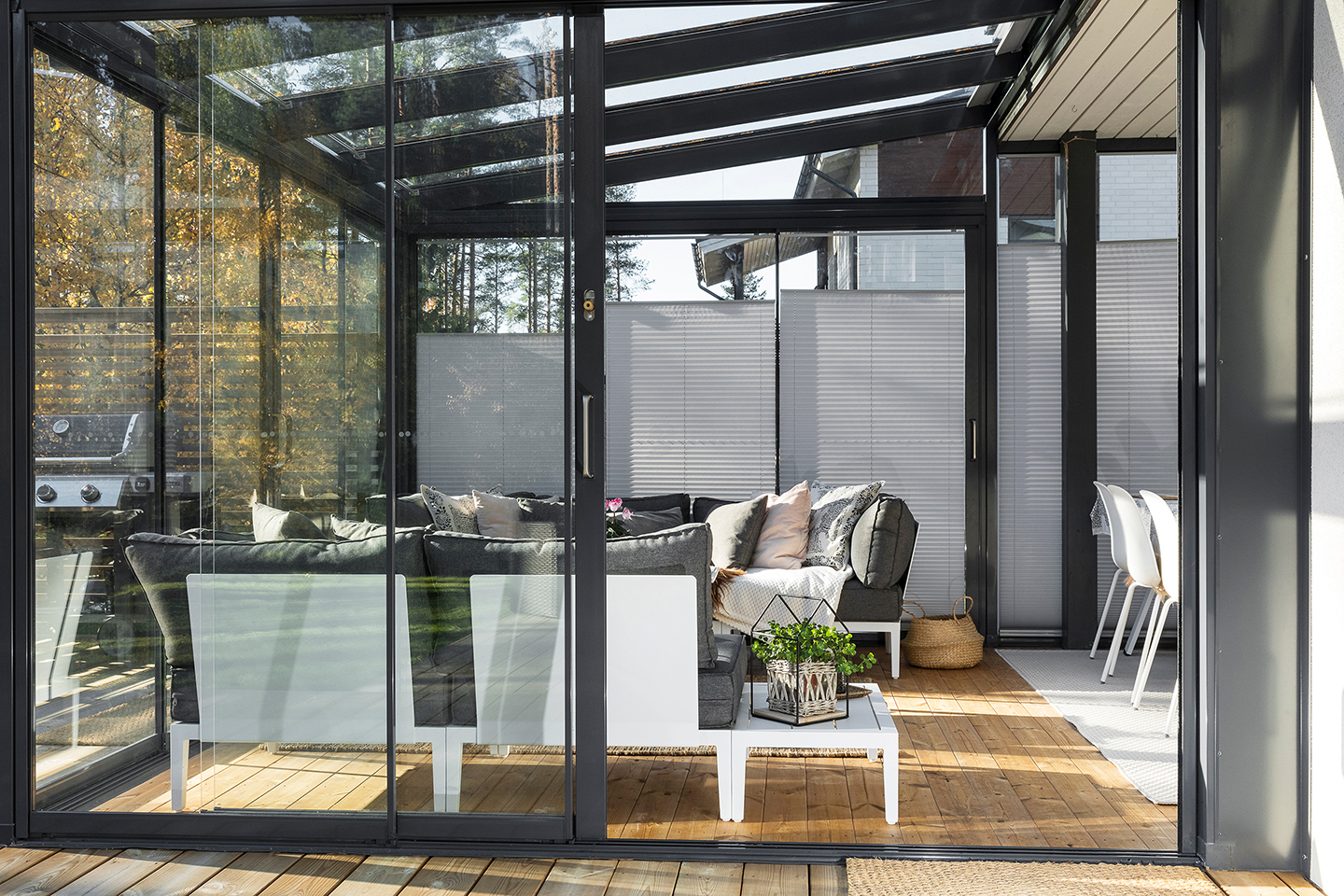 Lumon Canada Open House event in Etobicoke, sunrooms, patio covers, patio enclosures, retractable glass walls