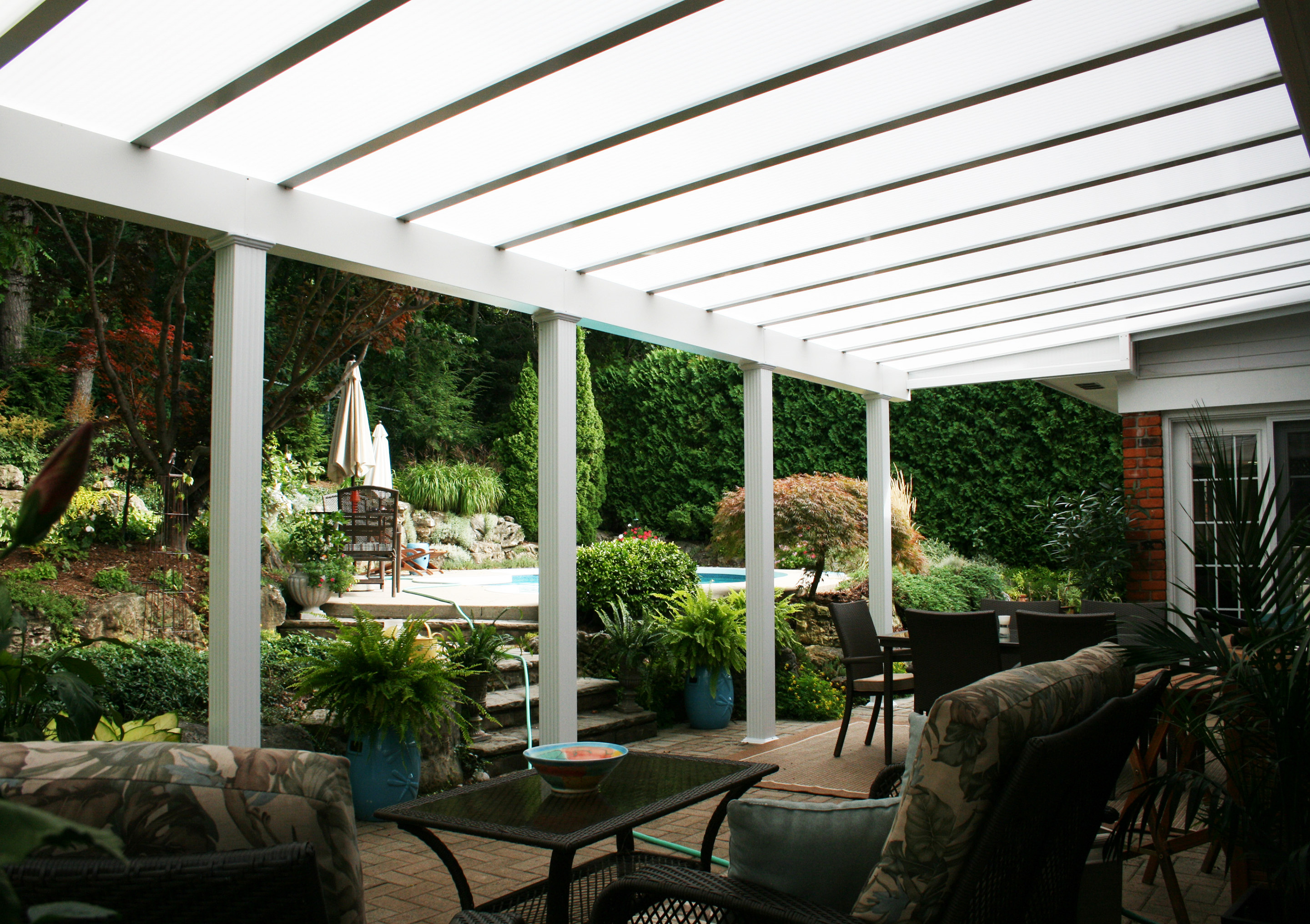 wood frame patio cover, covered patios in Langley, patio covers Abbotsford, Chilliwack patio covers