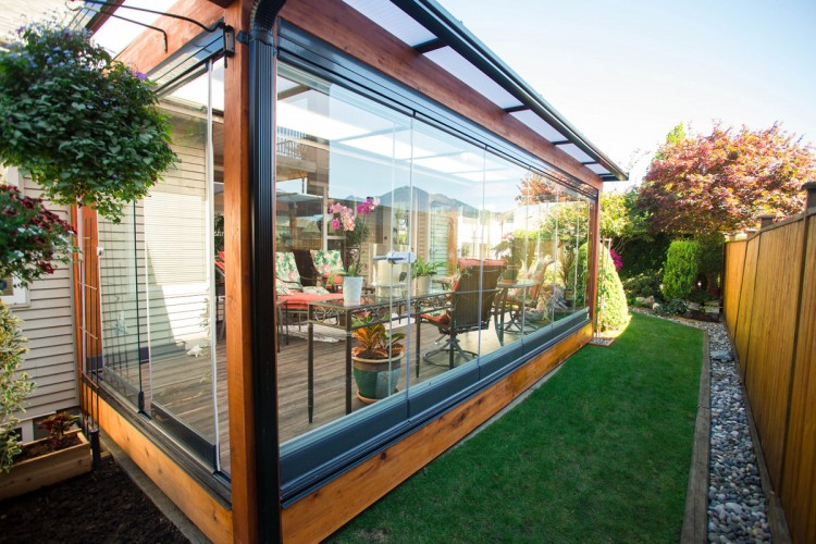 types of sunrooms, wood frame sunroom, glass sunroom, patio glass