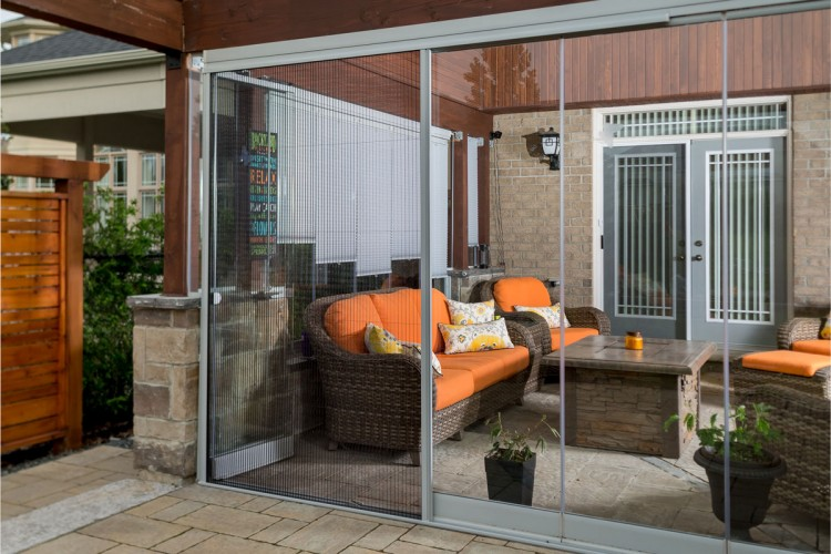 Muskoka room, insect screen room, screened porch, screened porch in Toronto, Toronto porch screens