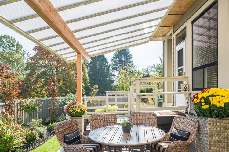 covered patio, wood covered patio, covered patios, wood patio cover, wood frame patio cover in Surrey, wood frame patio cover in White Rock
