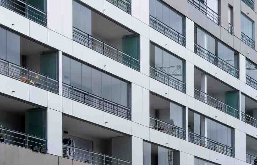 balcony railings, railing designs, balcony facade design, balcony facade, design tools, balcony glass construction, balcony glass design, balcony glass installation