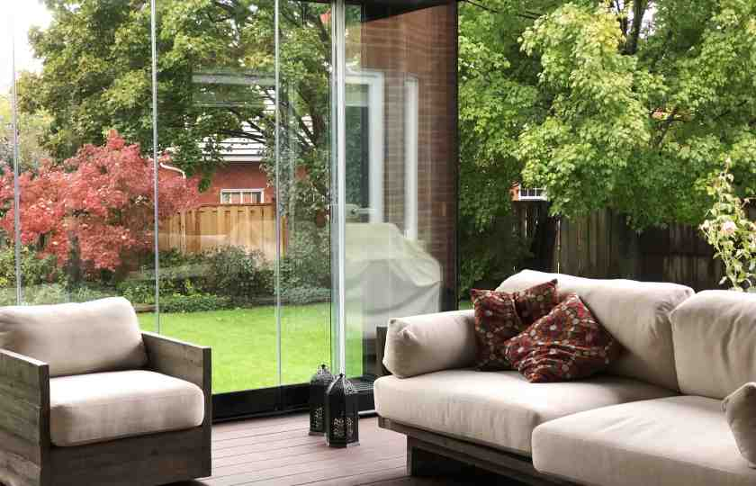 sunroom, sunroom enclosure, , retractable glass walls, sliding glass, sliding glass wall, sliding glass walls, glass enclosure, glass enclosures, glass walls, retractable walls, tempered glass wall, tempered glass walls, frameless retractable glass,