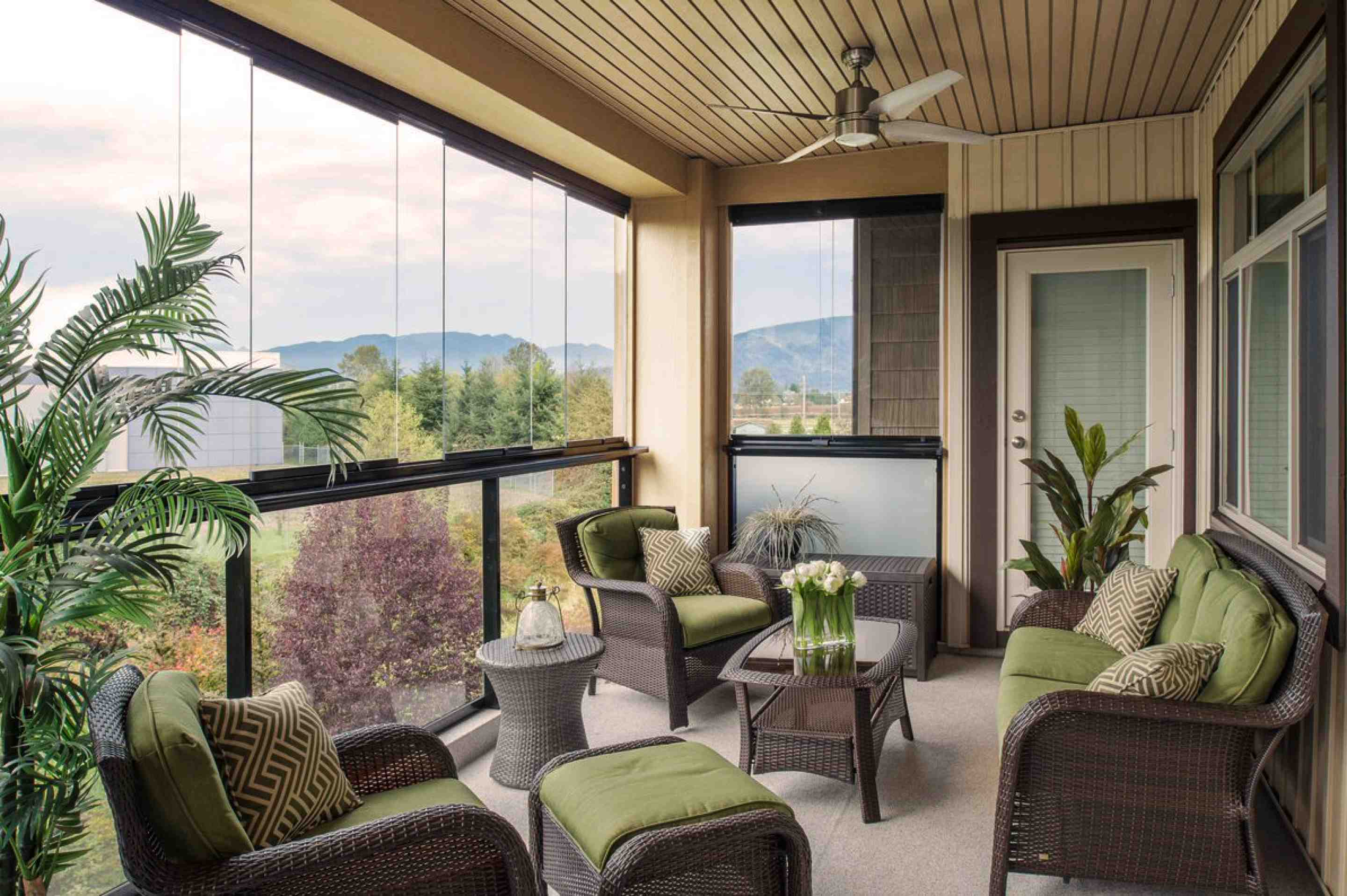 Photo Gallery Of Sunrooms Balcony Glass And More Lumon