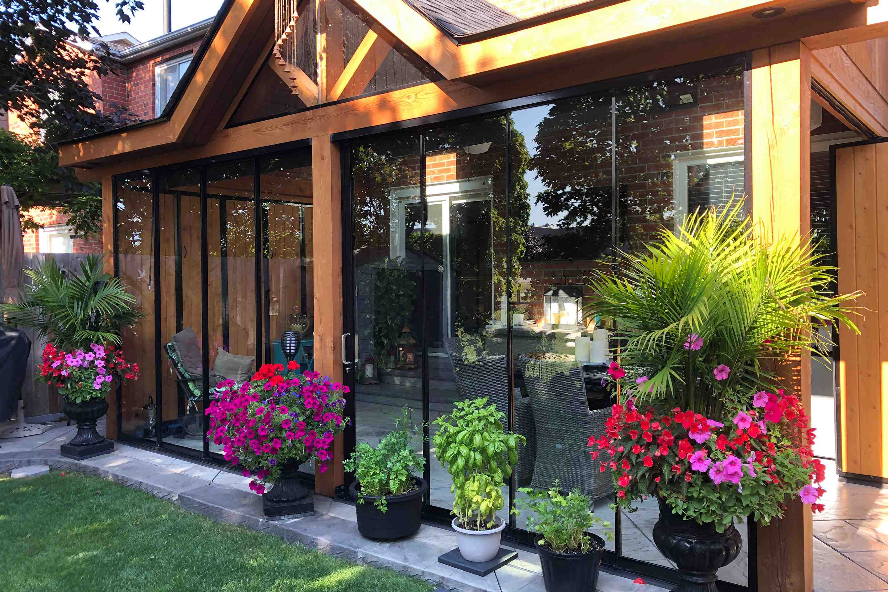 lumon canada, retractable glass walls, patio, backyard, ajax