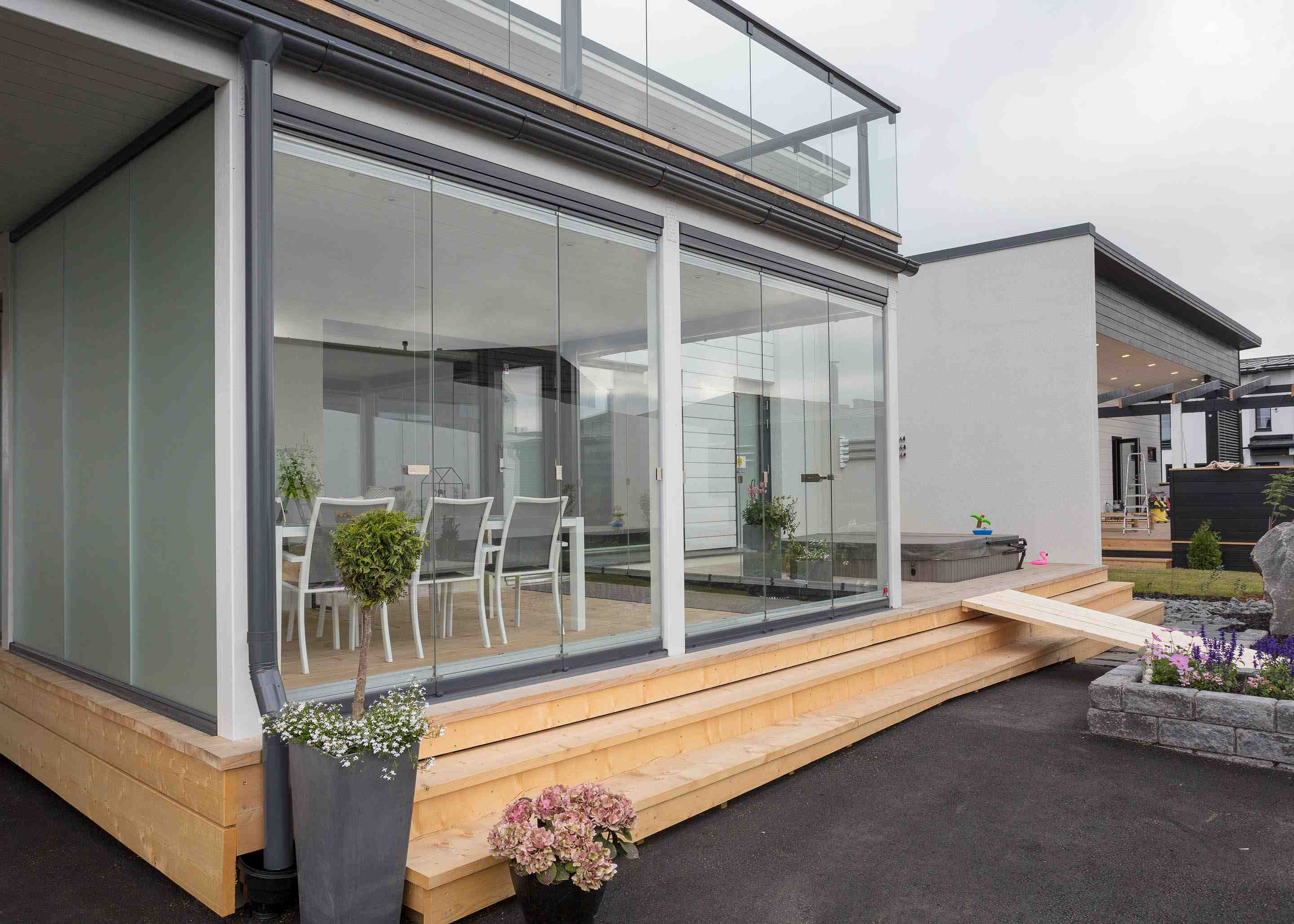 Glass for terrace