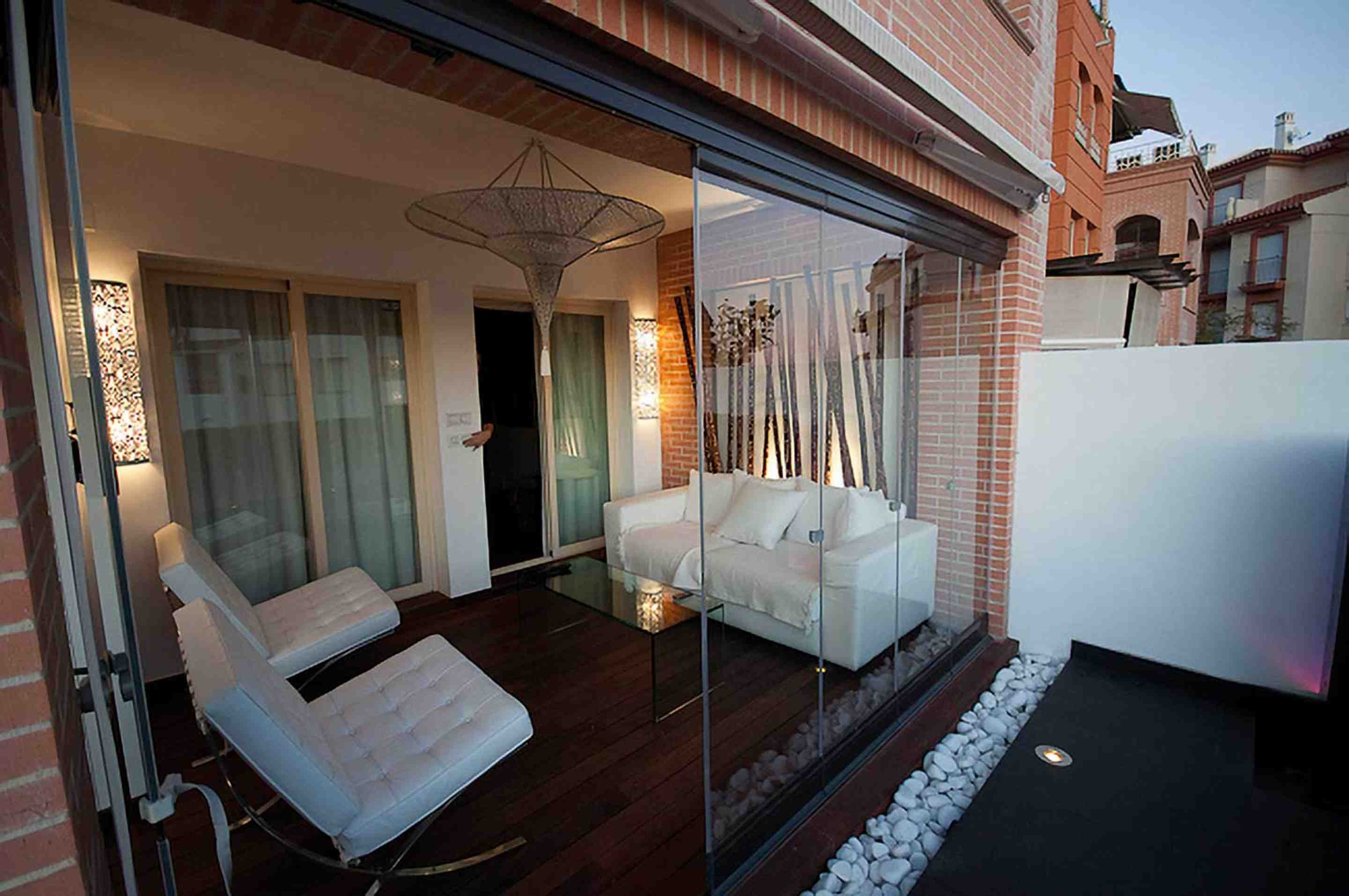 Trendy terrace glazing