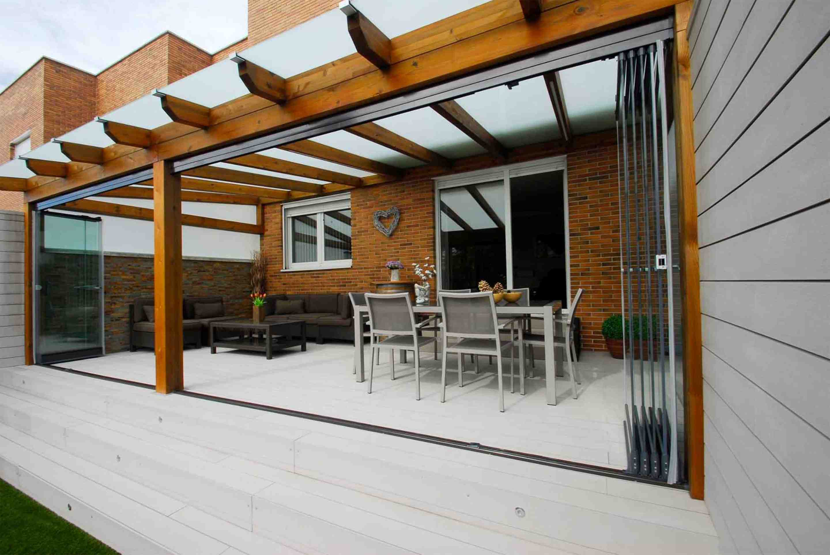 Terrace enclosure and glass roof