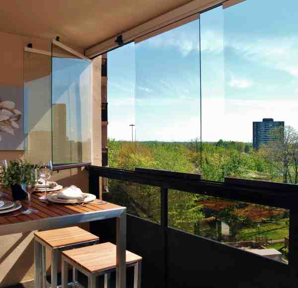lumon canada, balcony glass, balcony enclosure, balcony facade, balcony glass vancouver, balcony glass hamilton, balcony glass toronto, balcony glass canada