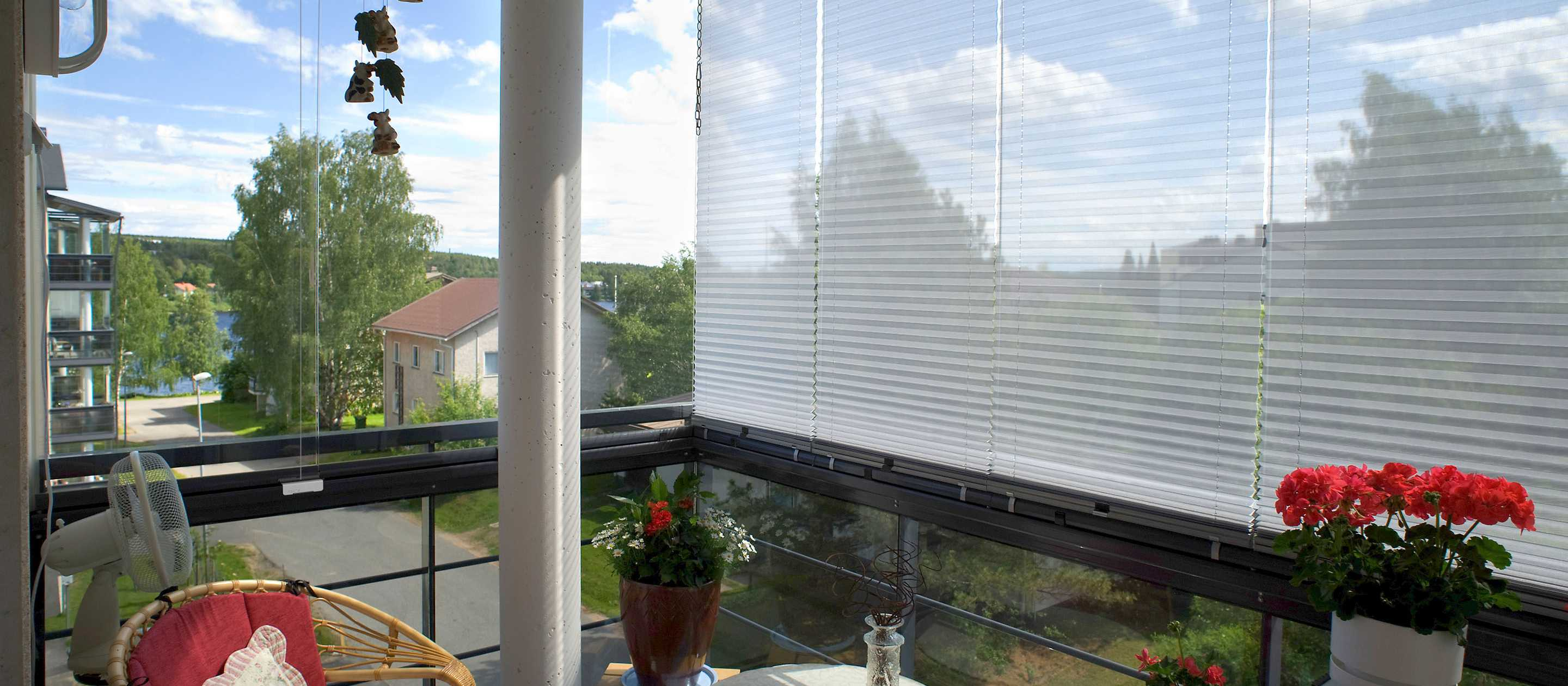 shades for windows, balcony screens and blinds, balcony shades, sunroom shades, custom shades