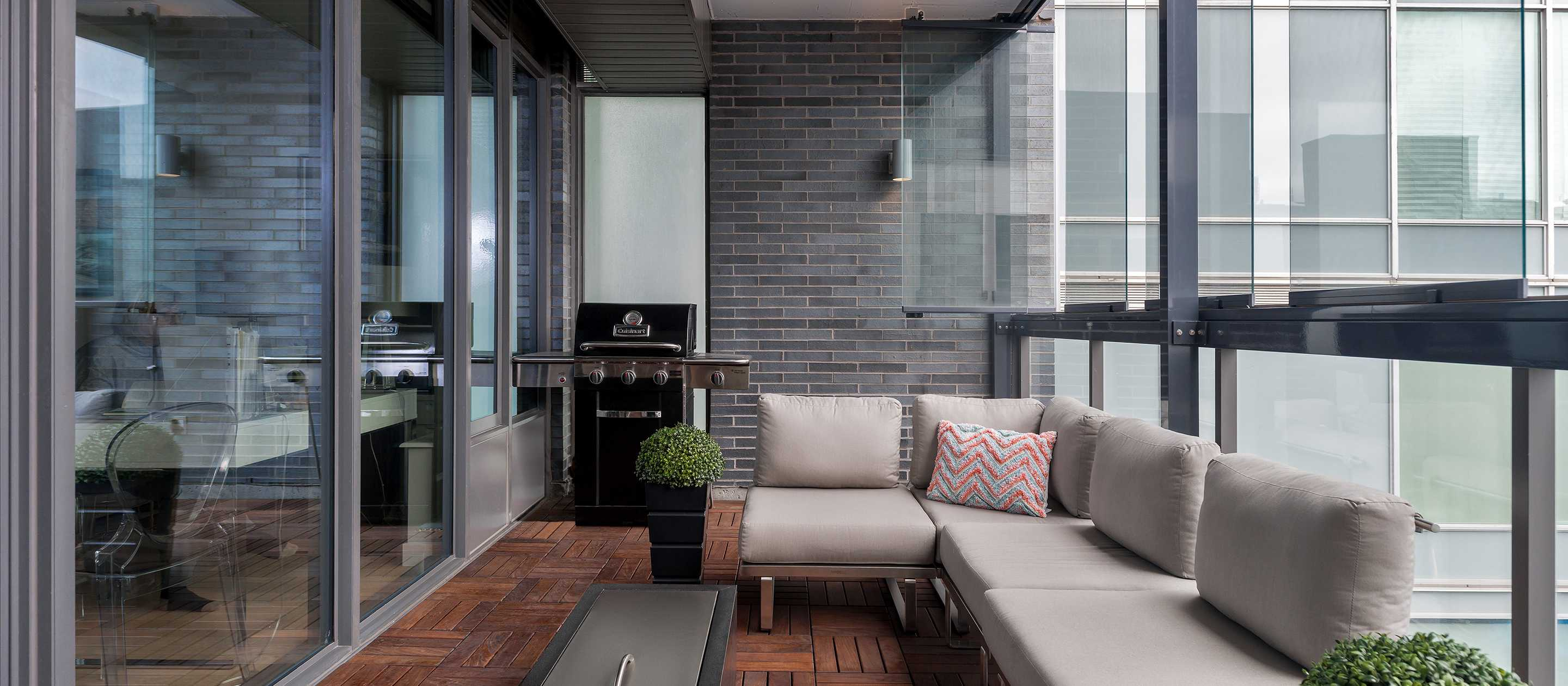 balcony, balcony glass, balcony enclosure, condo balcony, toronto balcony enclosure, toronto balcony
