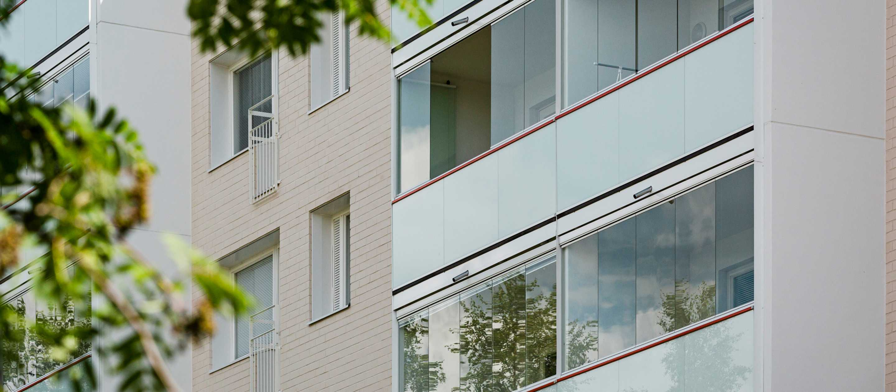 Lumon Canada, Retractable Glass Wall, Balcony Glazing, Energy Efficient, Sustainability