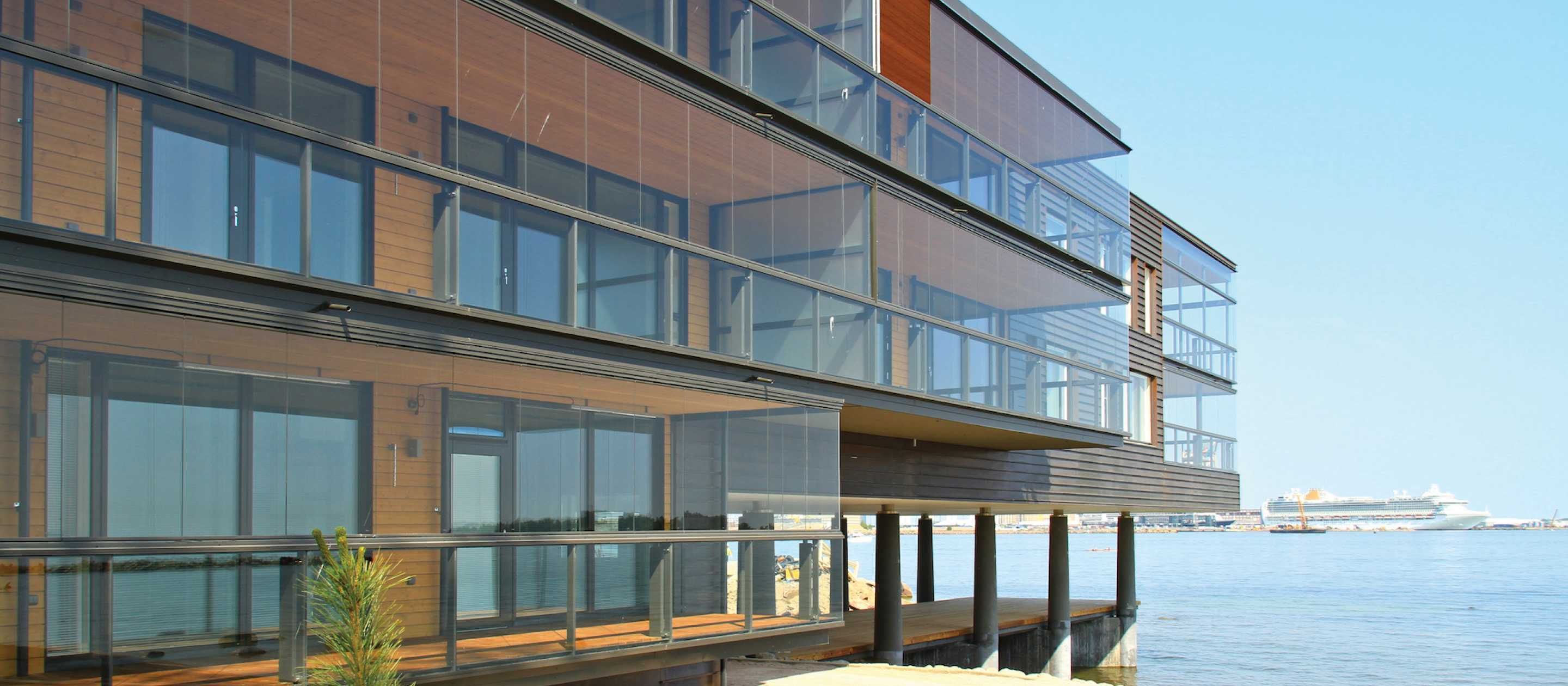 glass balcony, glass balcony facade, balcony facade, lumon glass balcony, lumon glass balcony facade, lumon, glass balcony delta, glass balcony surrey, glass balcony white rock, lumon facade, balcony glass,