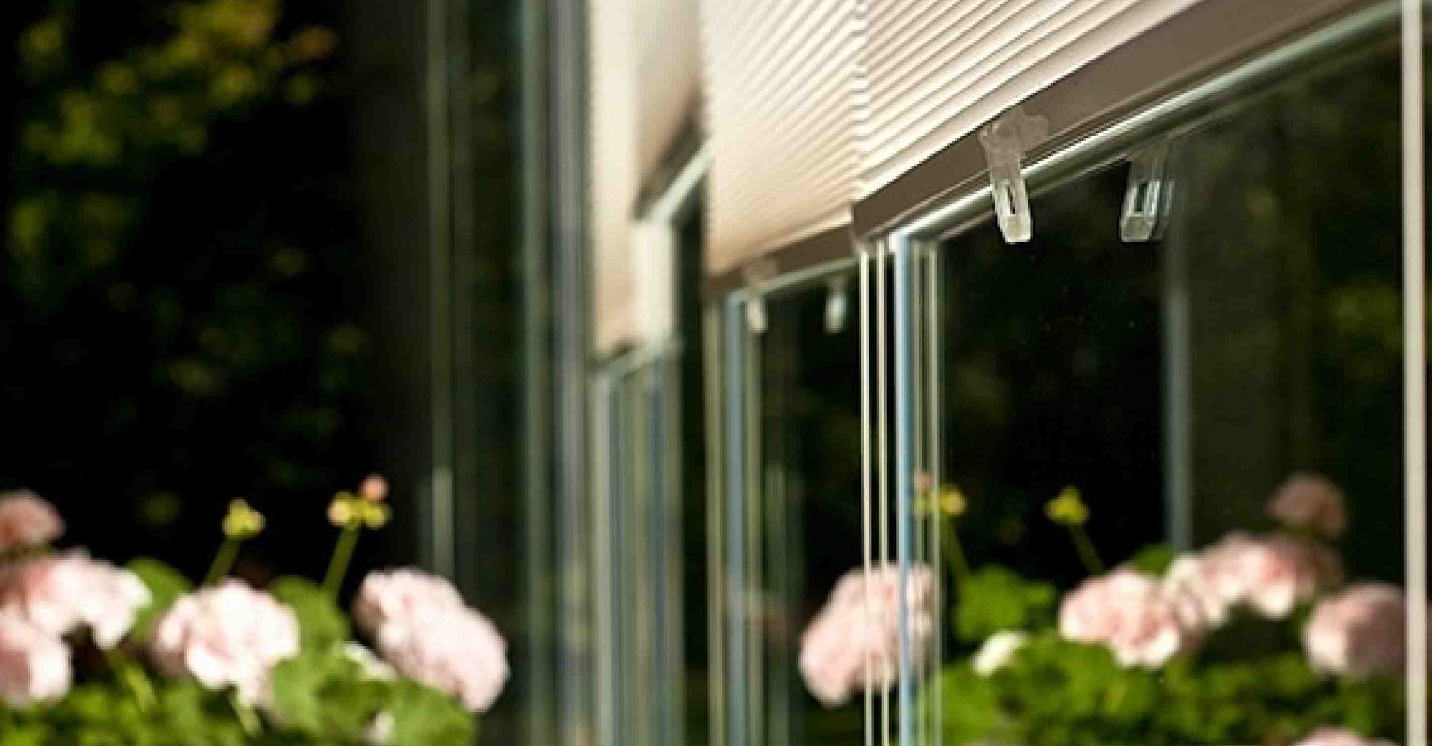 Retractable Glass Walls for Balconies, Sunrooms and Patios