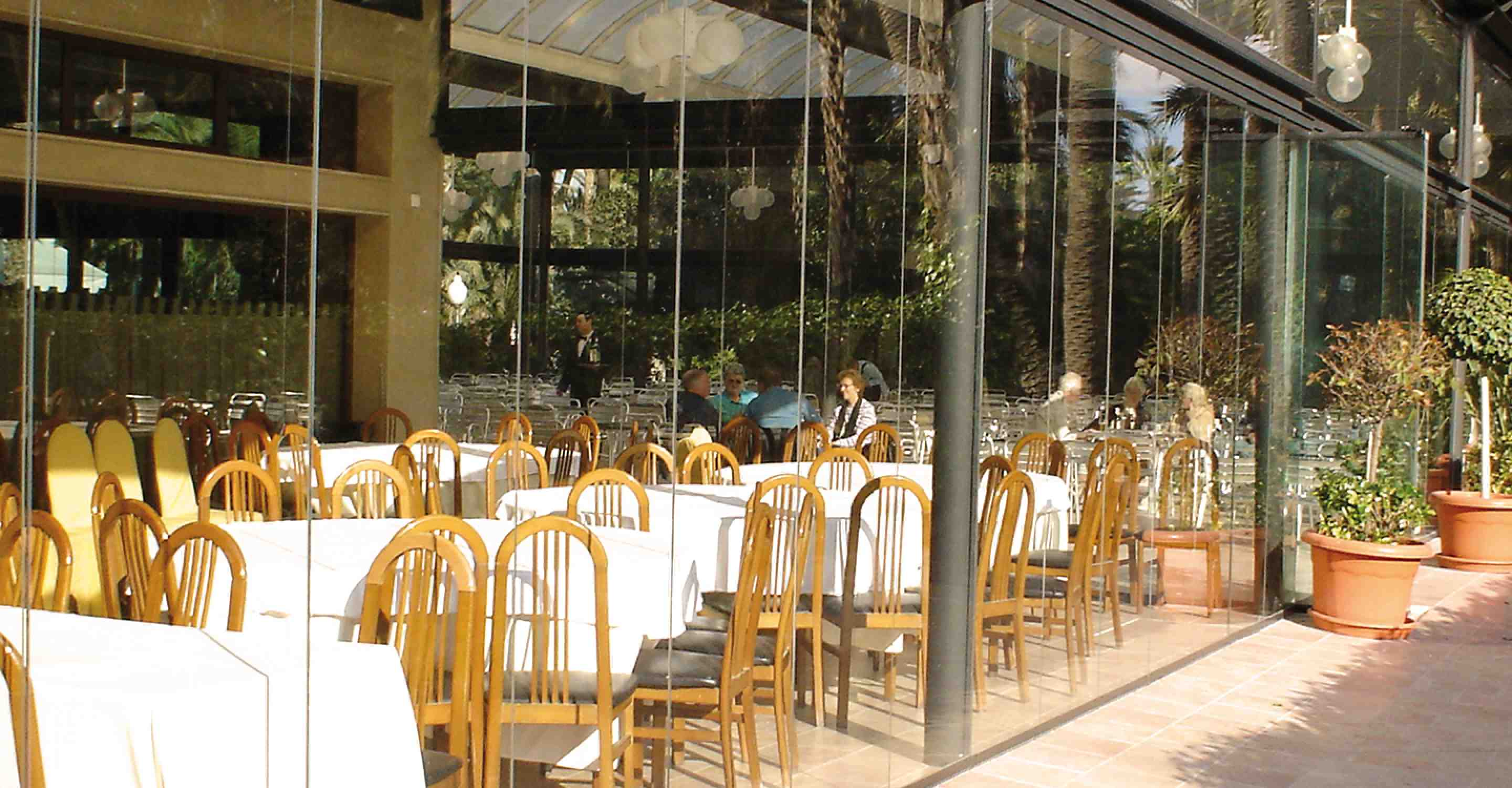 restaurant patio enclosure, glass patio enclosures, balcony railings, restaurant profitability
